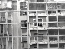 Absence in the Mirror: Beirut's Urban Identity in the aftermath of Civil War