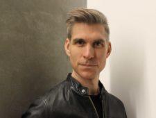 Dr. Derek Gladwin
